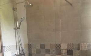 Rénovation contemporaine de douche à Strasbourg